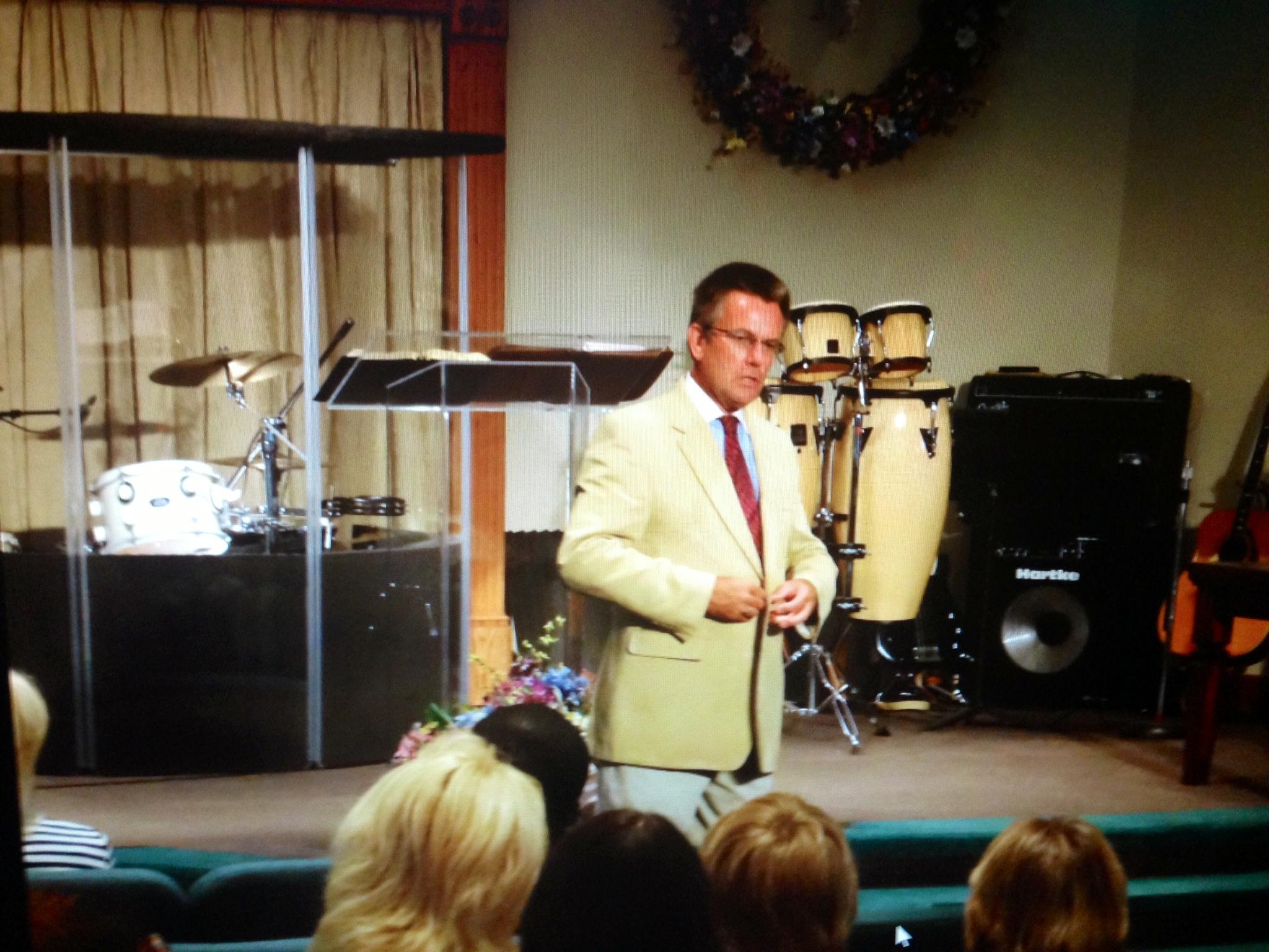Pastor Dan 4